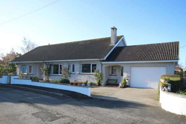 13 Bourtree Crescent - Williamson and Henry