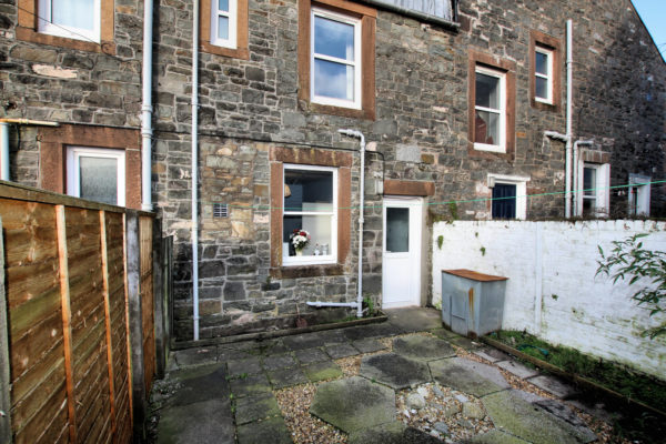 12 Gladstone Place, Kirkcudbright - Williamson and Henry