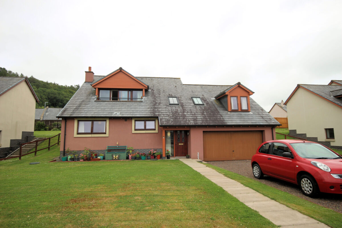 3 Cannee Chase, Kirkcudbright - Williamson and Henry