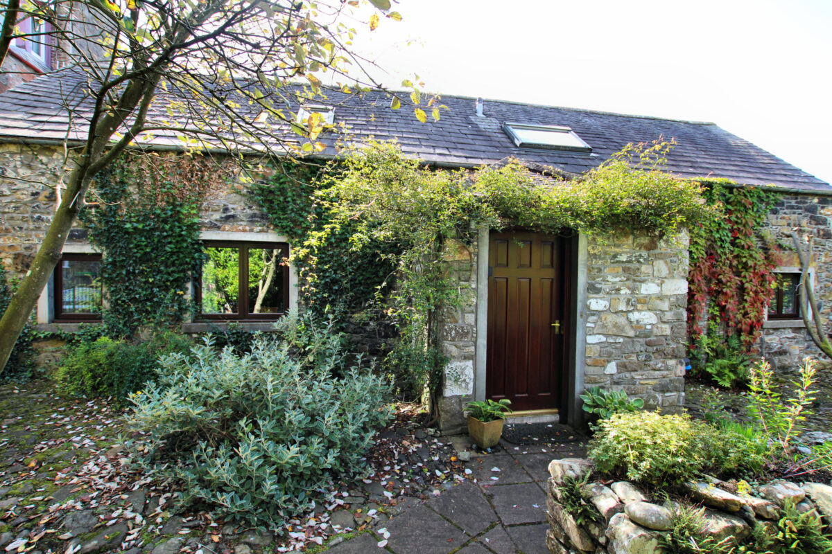 Garden Cottage, 18a High Street - Williamson and Henry