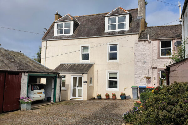 Cobble End Cottage, Palmers Close, Kirkcudbright - Williamson and Henry