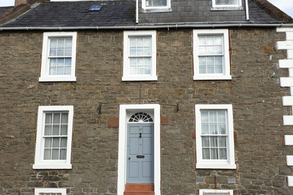 21 Castle Street, Kirkcudbright - Williamson and Henry